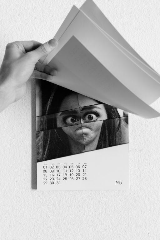 folded-faces-calendar2017-15