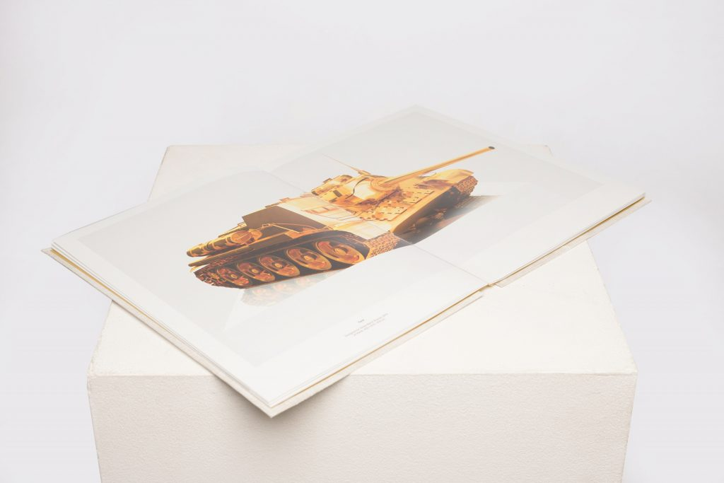 24 Karat – Gold Atlas