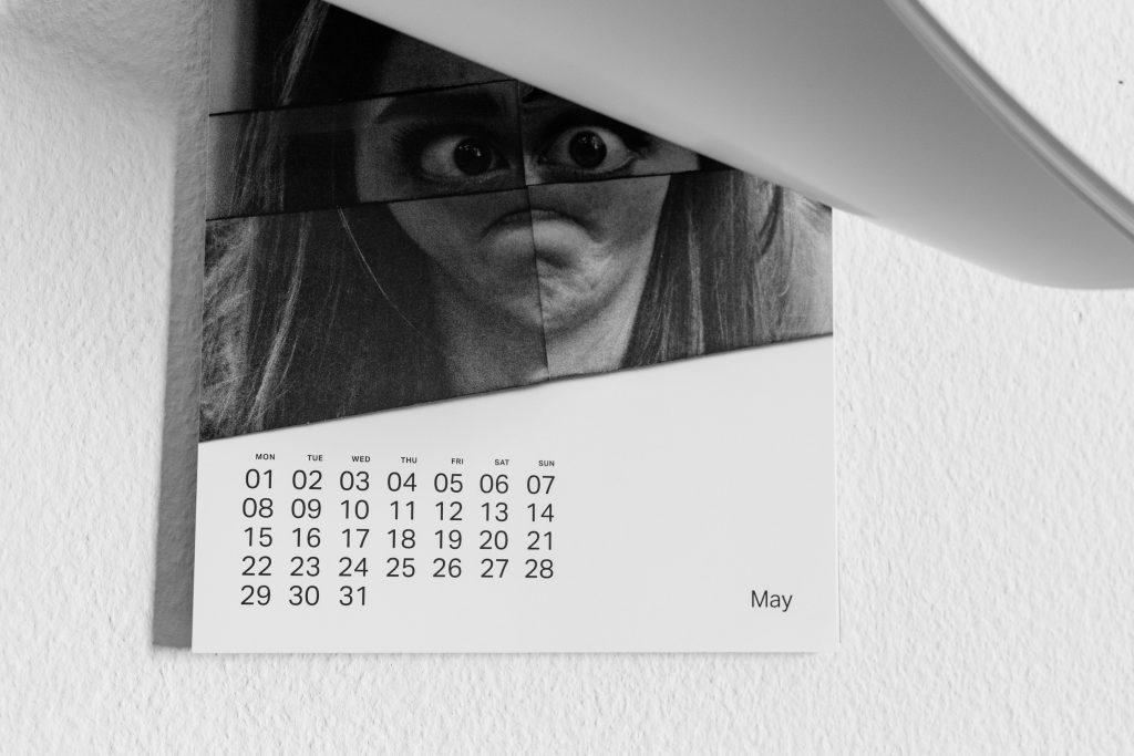 folded-faces-calendar2017-16