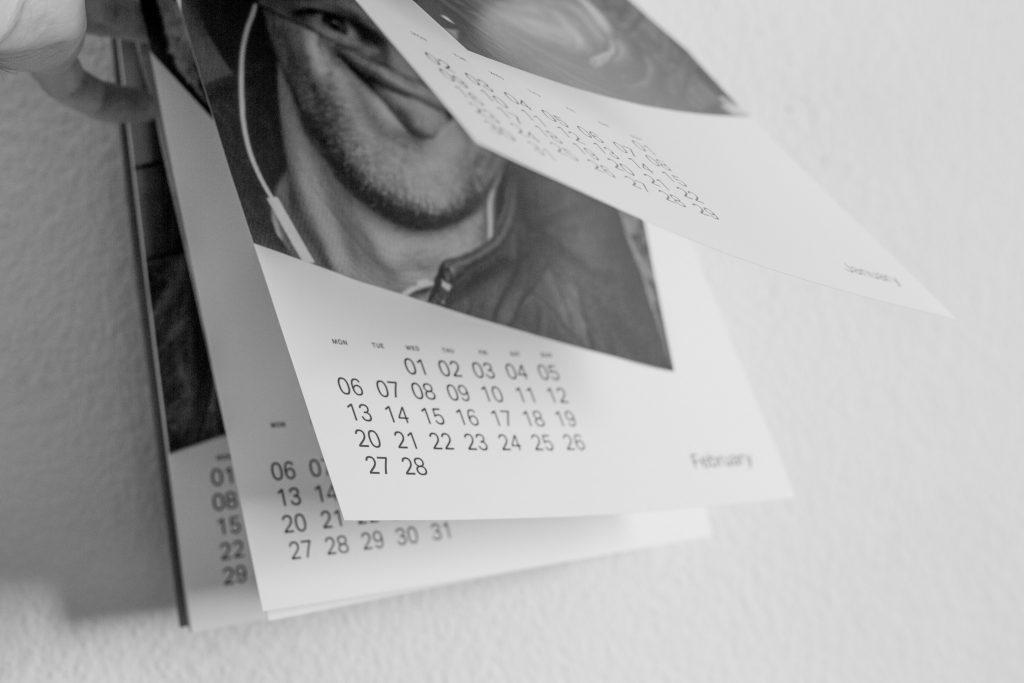 folded-faces-calendar2017-17